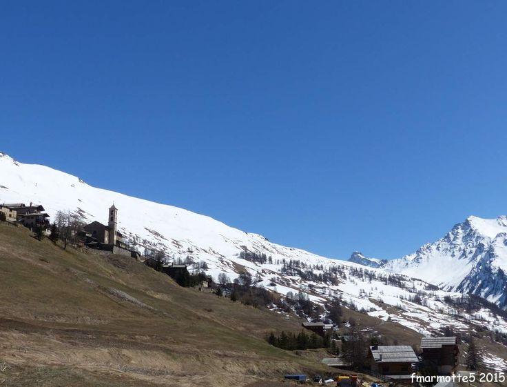 Je pensais avoir cl�t la saison de ski, abreuv� avec vous sans doute des blancs-bleus ? Dans mes notes et projets pour ce printemps 2015 restait dans une note en bas de page : � Retourner � � La Blanche � en hiver pour faire le Pic de Caramantran, �a...