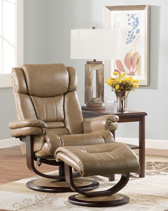 Manning Recliner From National Furniture Liquidators, El Paso, Tx. (915)593