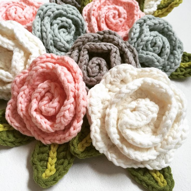 Crochet roses made of ByClaire yarn