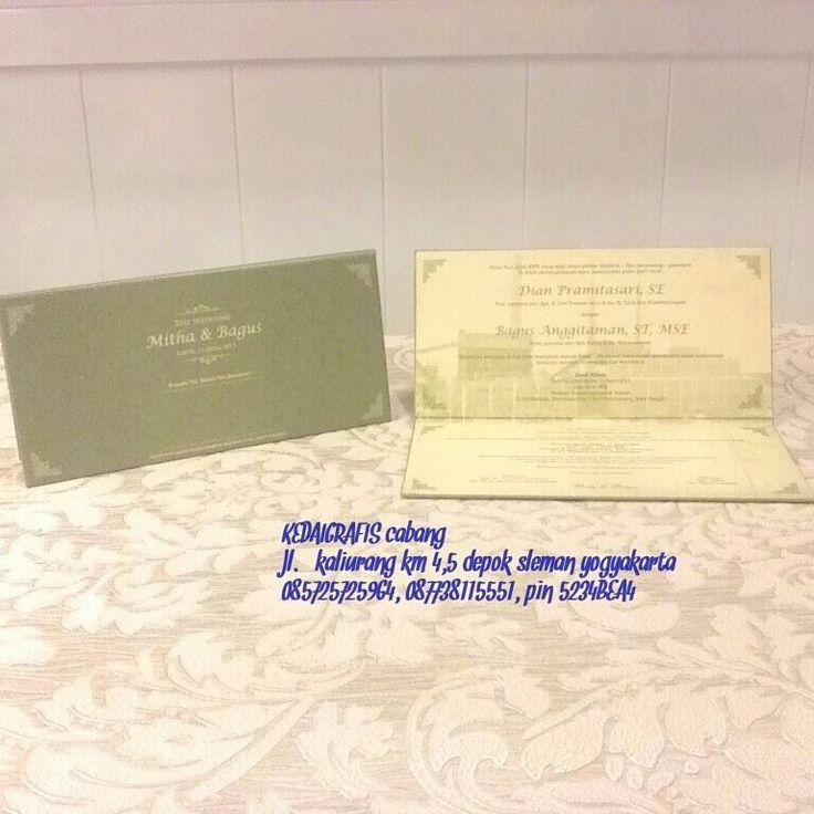 selamat soree calon pengantinn,, undangan orderan dr mba nining dan mas omy,,finish.. ready for you kaka.. murah, elegan.. eeiittss,, ada promo juga loh kak..diskon dr tgl 10-15 april ini.. mau tau berapa banyak diskonnya?invit kita yukk 5234BEA4/085725725964 WA #undangan #undanganmurah #undangannikah #undanganpernikahan #undanganperkawinan #undanganmodern #undanganspesial #undanganunik #undanganwedding #undangansamarinda #undanganjogja #undangantarakan #undangankalimantan…
