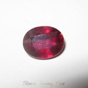 Purplish Red Ruby 2.41 carat Oval Cut