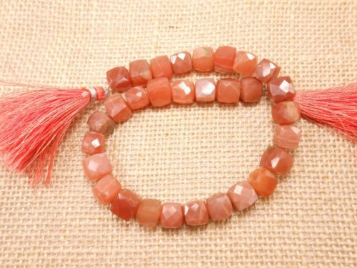 AAA-9-Peach-Moonstone-Cube-Box-Faceted-Beads-Strand-long-30-Pec-3D-Cube-Box