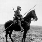 Los Mûmakil como metáfora de los tanques, Los Nazgûl como los jinetes a caballo, y el síndrome shell-shock, son muestra de cómo el autor vivió la guerra.
