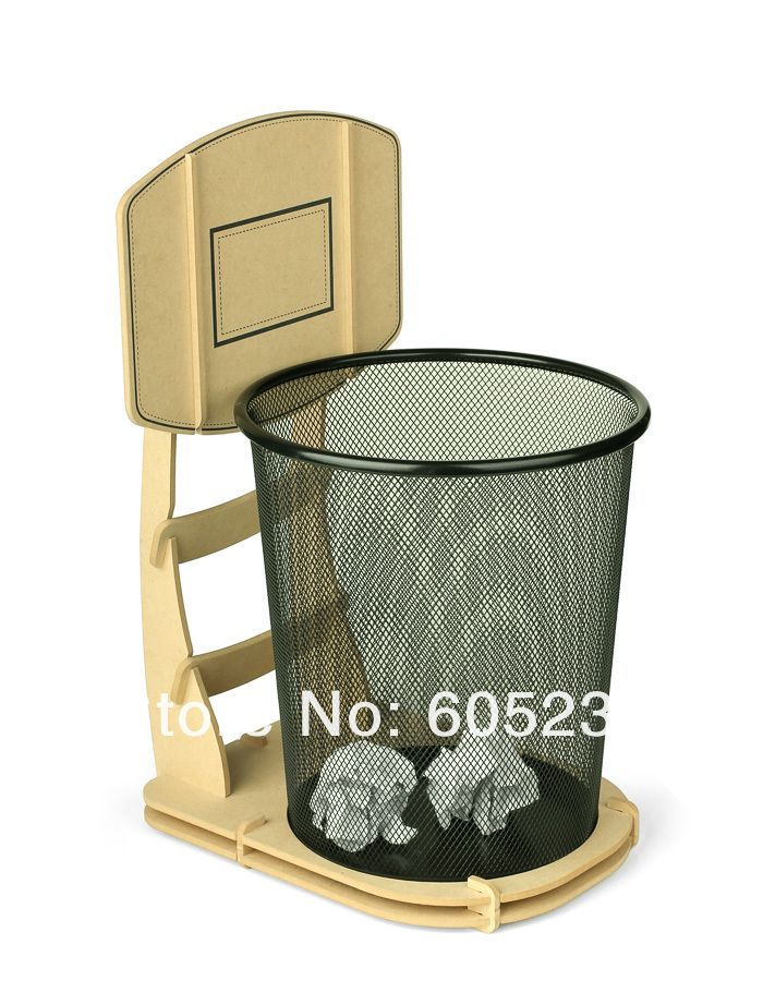 Basketball stand wastebasket diy rubbish bin pinterest room basketball bedroom and bedrooms - Cool wastebaskets ...