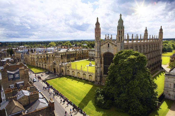Departamento da Universidade de Cambridge dispõe de conteúdo para ensinar inglês.