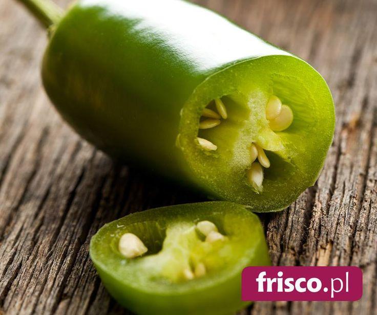 Marynowana zielona papryka jalapeno - Niedojrzała papryka chilli-jalapeno o ostrym smaku - nieco łagodniejsza niż dojrzałe jalapeno. Paprykę jalapeno stosuje się wszędzie tam, gdzie trzeba zaostrzyć smak potrawy.