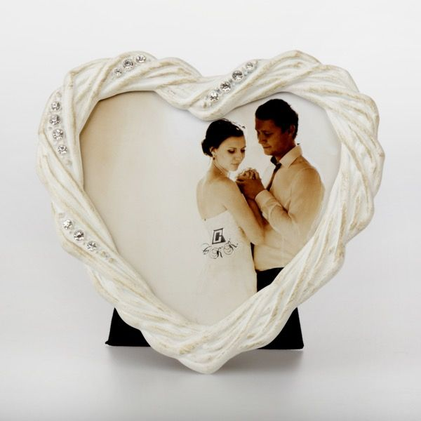 Ramka serce w kolorze ecru 10x10cm   Ramka w kształcie serca 30,00 PLN