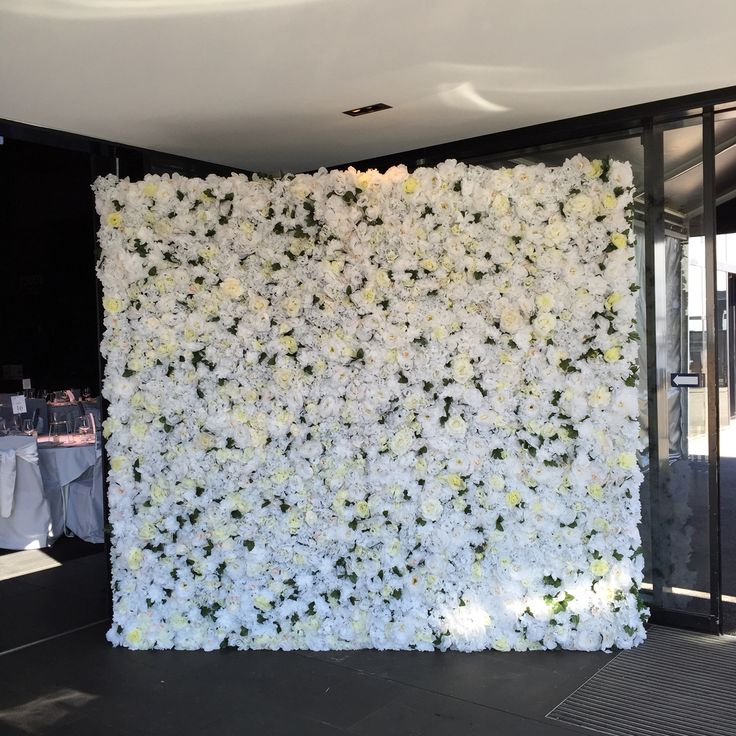 WHITE LUXE #whiteluxe #flowerwall