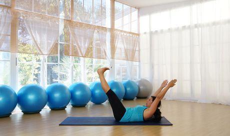 Clases de pilates online para practicar en casa cuando quieras. Sigue tus clases de pilates en casa desde tu ordenador, tableta o teléfono.