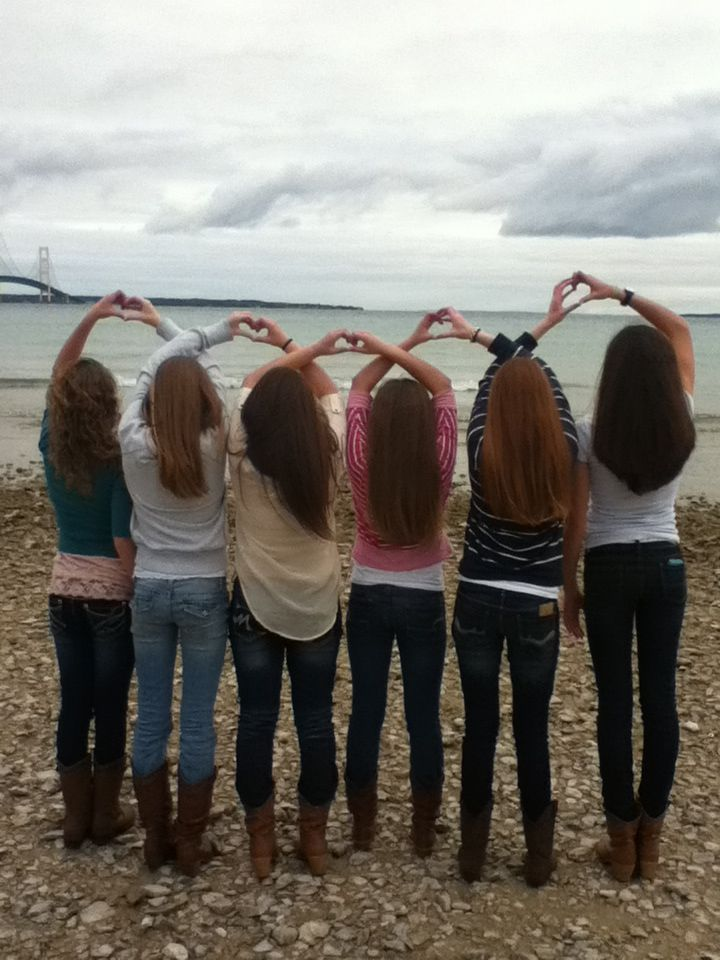 I totally wanna do this with my 5 closest friends!!! @Lauren Davison Montgomery @Melissa Squires K @Jaime Robinson @Brianna Spencer @♡2 Besties 1 Account