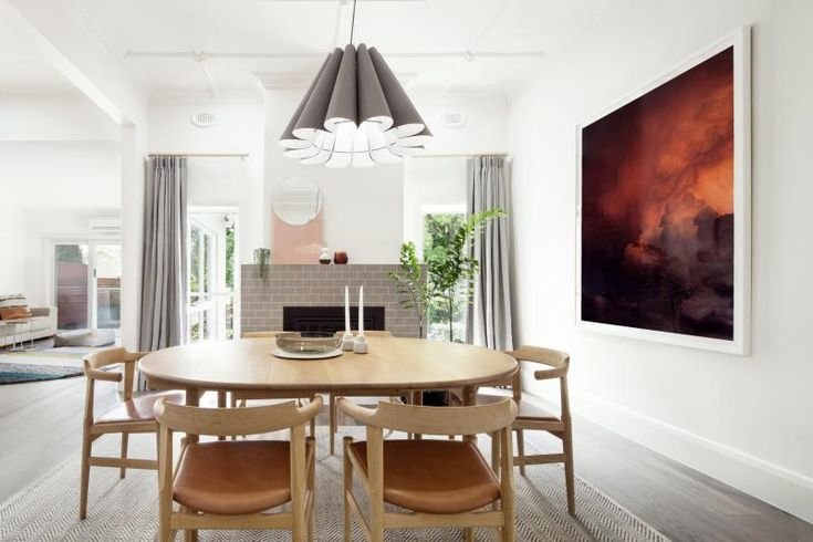 Ivanhoe Residence dining room by Doherty Design Studio. Photographer: Lisbeth Grossman.
