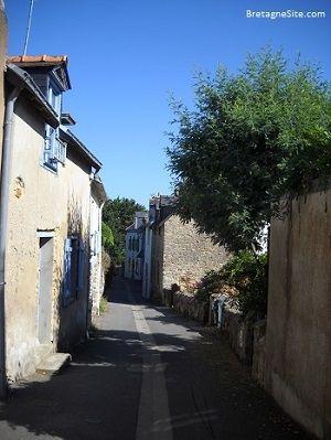 Le bourg de l'île d'Arz et ses rues étroites.
