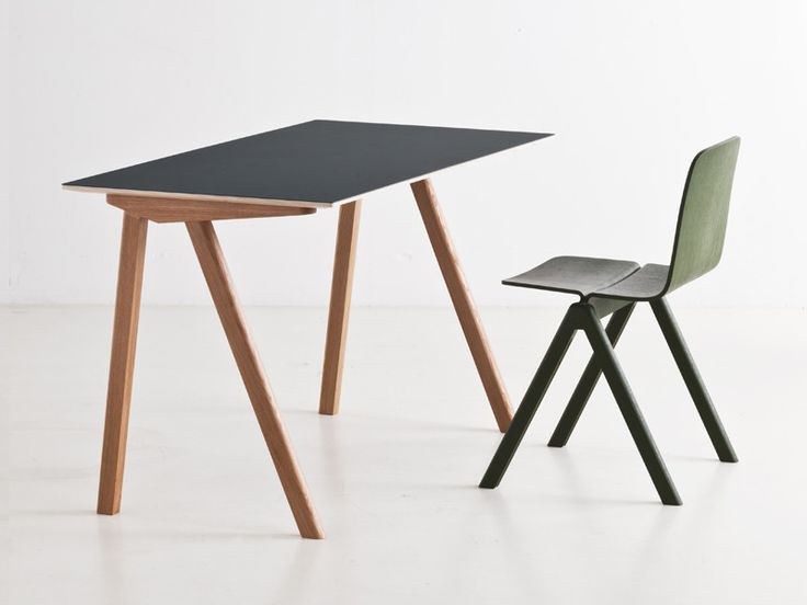 The Copenhague Desk is a stylish and contemporary desk designed by Ronan and Erwan Bouroullec for Hay. It is part of a collection of furniture which has been designed for the University of Copenhagen.