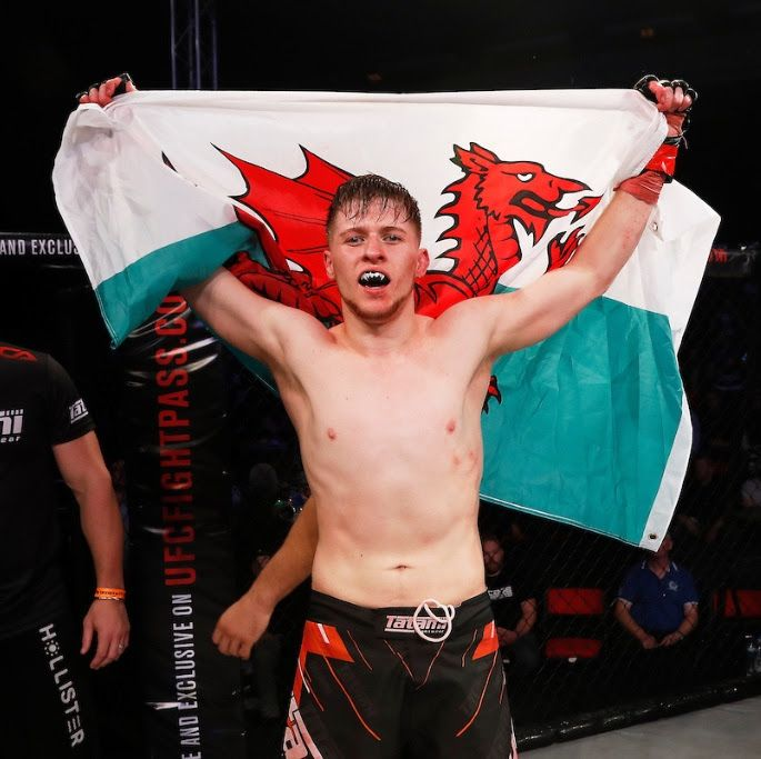 CAGE WARRIORS 87 TO FEATURE BATTLE OF UNDEFEATED PROSPECTS: JACK SHORE VS FEDERICO MINI FOR IMMEDIATE RELEASE Friday, Sept 22nd, 2017 Welsh prospect to take on undefeated Italian in Newport onOctober 14 One of Wales' top mixed martial arts prospects returns to action onSaturday October 14as Jack 'Tank' Shore steps back into the Cage Warriors cage to face fellow undefeatedContinue Reading
