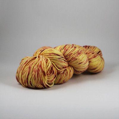 Luxuriouslysoft sockweight superwash merino sock yarn(80% superwash merino, 20% nylon)115grams389m/426yd Machine wash/tumble dry low  All hand dyed yarns sh