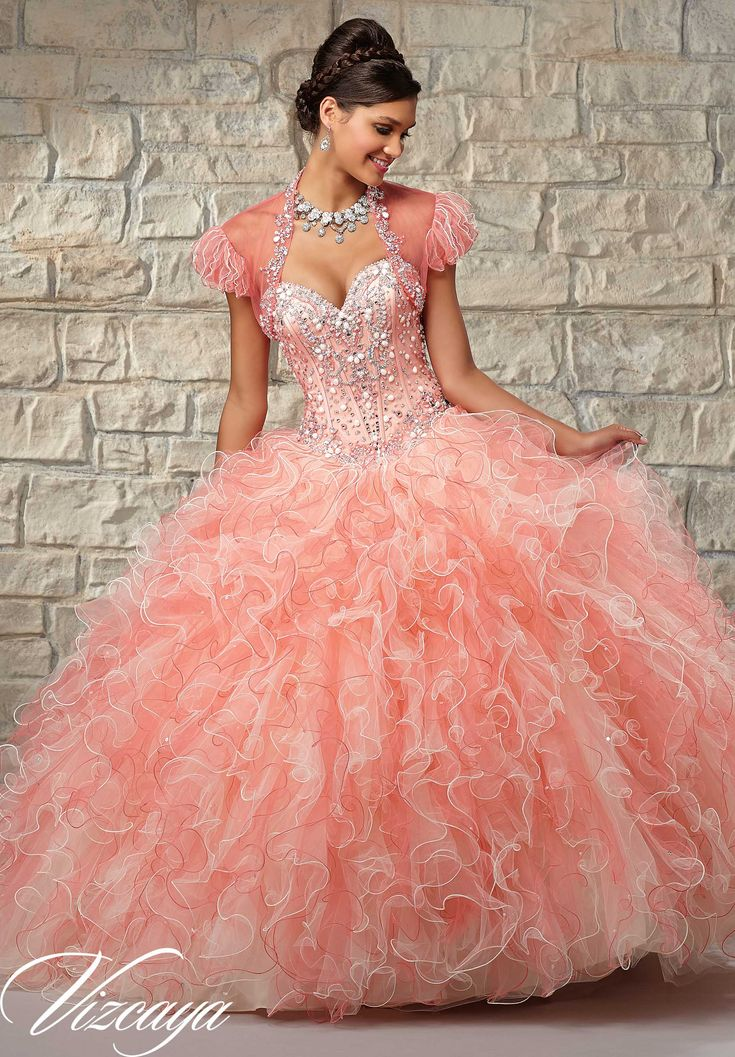 22 best dresses images on Pinterest | Party outfits, Prom dresses ...
