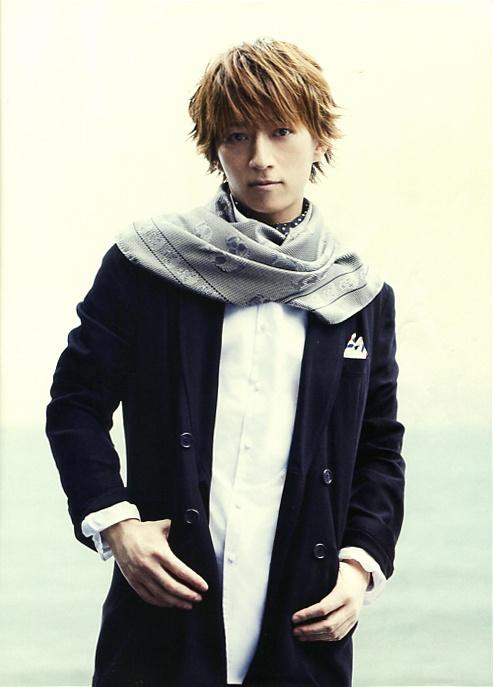 Tetsuya (L'Arc~en~Ciel) in WHAT's IN? (Japan music magazine) 2013. J-rock.
