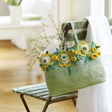 Cabas en crochet décoré de tournesols en crochet