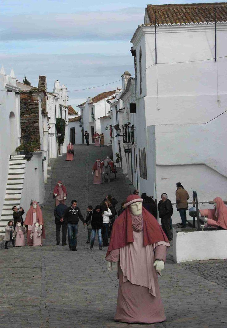 Ben je op zoek naar een rustige vakantie in een mooie omgeving? Lees hier meer over het historische dorp #Monsaraz in de #Alentejo.