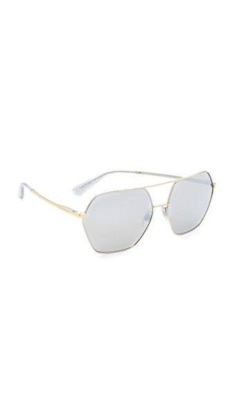 63d2a22f9b ¡Consigue este tipo de gafas de sol de Dolce & Gabbana ahora! Haz clic