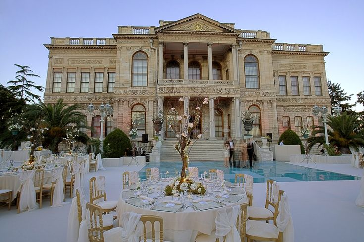 Classy Place To Have A Wedding With Mesmerizing Bosphorus View Dolmabahce Palace Istanbul