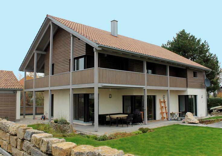 Einfamilienhaus Holzhaus Satteldach Holzfassade modern