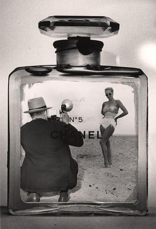 No 5- old fashioned #chanel publicity : classy and efficient!
