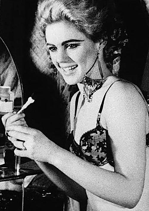 Edie Sedgwick Andy Warhol Pop Art Underground Film Superstar and Vogue Magazine It Girl Youthquaker of the 1960s Silver Factory Edi Eddy Sedwick Sedgewick EdieStyle