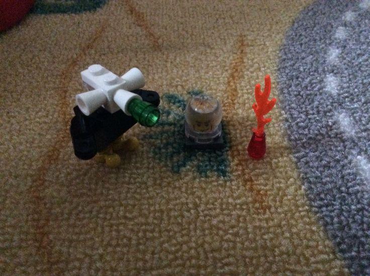 Lego bago nr. 5 mr. O, fire and his robot