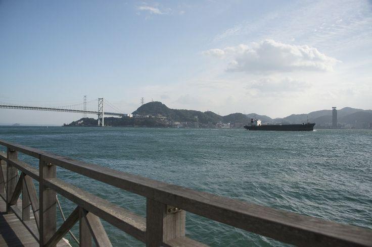 【山口県】中元千恵子さん(日本旅ペンクラブ理事)に聞きました。/Q.5瀬戸内が協力する良さとは?………A.「瀬戸内は7県沿岸部の総称」ということをまず全国の方々に印象づける必要があると思います。その上で7県を巡る統一テーマの観光ツアーの開発や、7県合同のお土産品やゆるキャラ、統一ブランド名の開発など、まとまるからこそできる取り組みがあると思います。 ※写真はイメージです。 #Yamaguchi_Japan #Setouchi