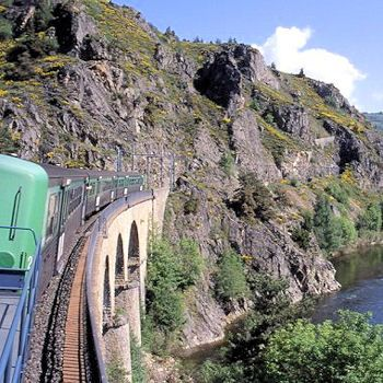 Des trains pour voir la France autrement: le train de gorges de l'Allier, Auvergne