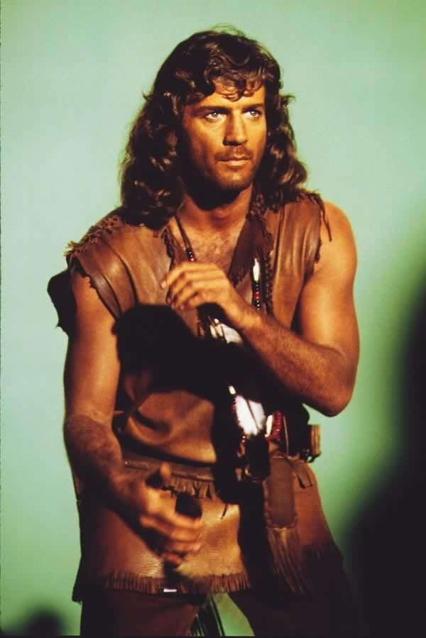 Joe Lando as Sully. Jane Seymour did finally admit that she had a real crush on this guy while working with him.  No bad days at work ever! Can you blame her-OMG!