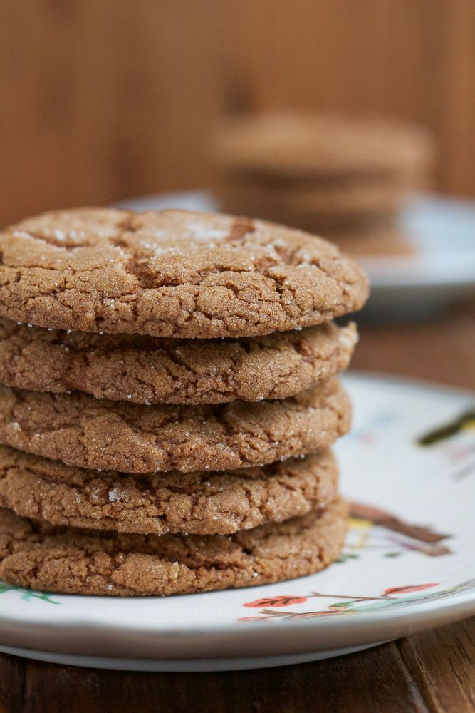 chewy and delicious Pumpkin Molasses Cookies! Made with pumpkin ...