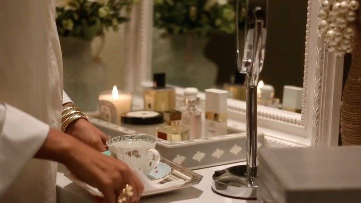 Life With Petali On Instagram منو وصل حق ترتيب التسريحة هذا فيديو اذا بتعيدون فيه طريقة تقسيم الجرارات للمكياج والسشوار و Makeup Storage Makeup Taper Candle