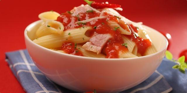 Těstoviny v pikantní omáčce. Recepty — Podravka | S Podravkou chutná lépe