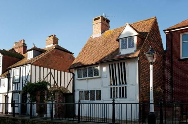 Dicken's Cottage. Old Town Hastings circa 1400.