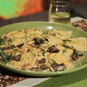 Cheese Ravioli with Garlic, Mushroom and Rosemary Sauce    ingredients  1 1/2 pounds cheese raviolis (fresh or dried), 4 tablespoons butter (divided),2 tablespoons olive oil, 2 cups cremini mushrooms, 4 cloves garlic (thinly sliced),1 large shallot (minced), 2 rosemary sprigs, 1/3 cup Parmigiano Reggiano, Salt
