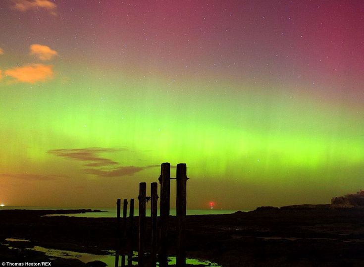 The aurora was due to last for several hours before fading during the early hours of this morning, Whitley Bay, England Feb 28 14