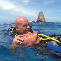 Advanced Open Water Diver and Rescue or Emergency First Response with PADI in Pacific Coast Dive Center, Flamingo, Costa Rica. Continue learning! reservations@pacificcoastdivecenter.com