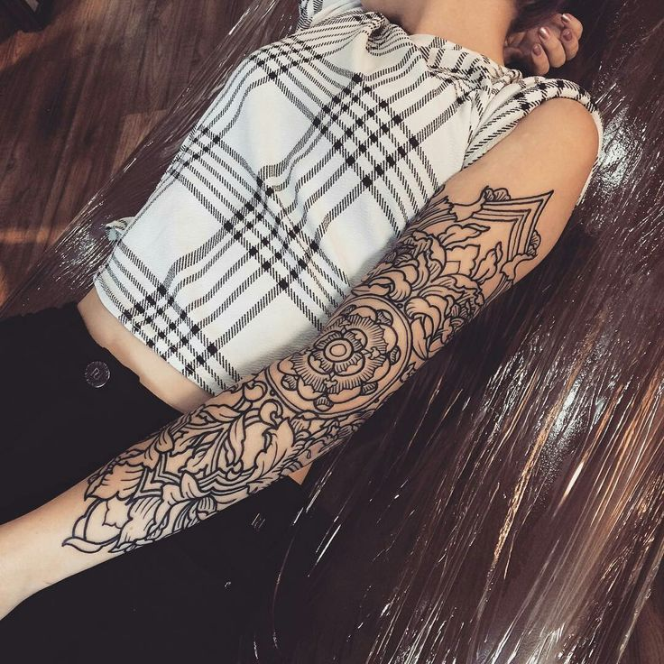 Tattoo done by: Steve Mckenzie #mandala #tattoomandala #mandalas
