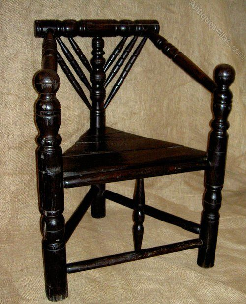 Elizabethan Thrown Chair WoodturningAccent ChairsHistoryAntiquesInterior