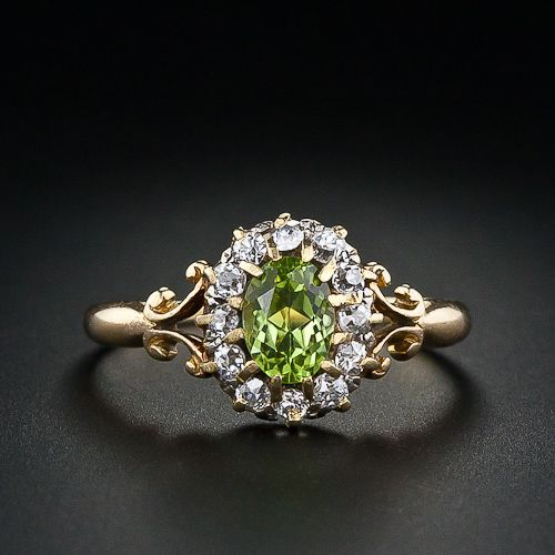 DidYouKnow Peridot was Cleopatra's favorite #gemstone? #FunFact: It has been found in meteors that have fallen to earth from deep space http://shardsoflondon.com/  (Pictured Antique Peridot and Diamond Ring c.1895 )