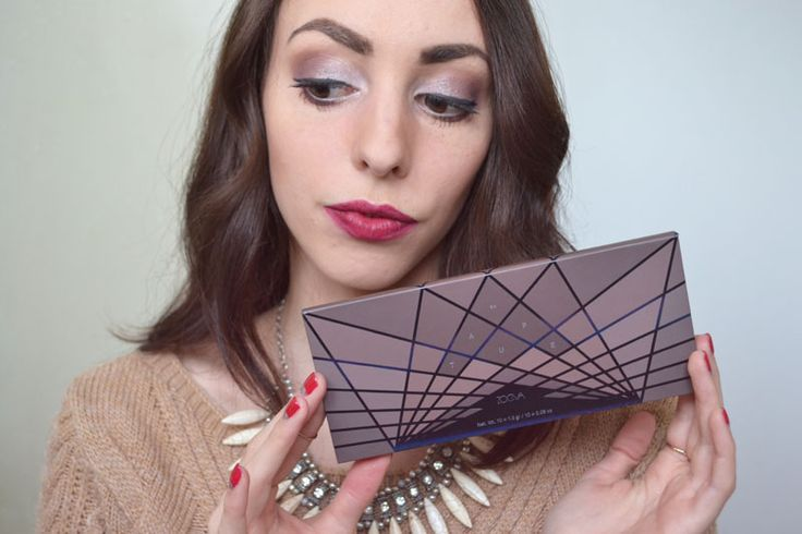 Palette Zoeva make-up #Zoeva #makeup #tutorial #maquillage #brown #taupe #redlips http://lejoliblog.com/2016/01/10/la-palette-zoeva-en-taupe/