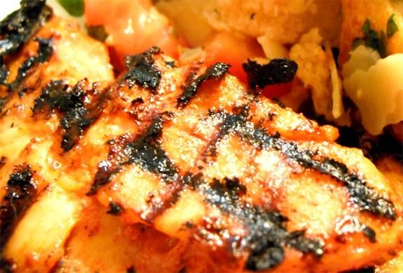 Gegrilde Kipfilet Met Mediterrane Marinade recept | Smulweb.nl