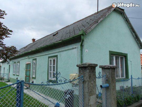 Papkeszi központjában 6km a Balaton