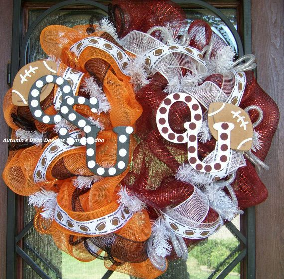 This is a RESERVED listing only for Diane F. This is for a OU/OSU wreath & a OU Sooners wreath. No shipping charge and a credit of shipping charge from previous purchase deducted. Thanks! Will provide you with boxes also.    This is a 26 orange metallic deco mesh & burgundy metallic mesh wreath adorned with black mesh ribbon, white mesh ribbon printed football/score/touchdown ribbon, deco flex tubing and a handpainted OSU sign & OU sign for the middle. I will only be making (1) more of…