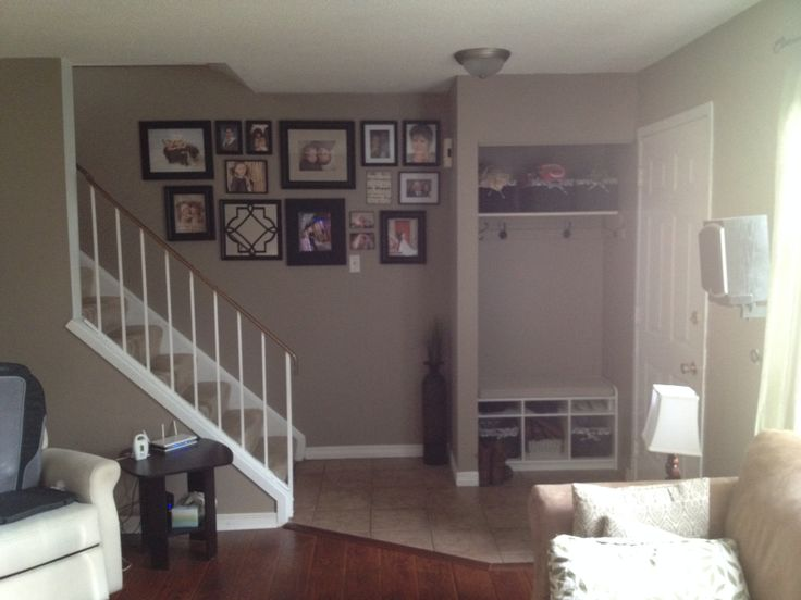 Inverary Living Room with photo wall and entry cubby