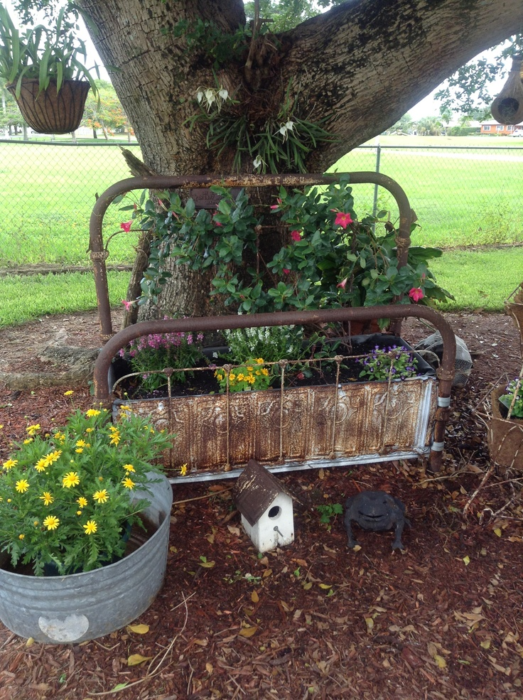 630 best images about gardening ideas on pinterest for Creating a flower bed
