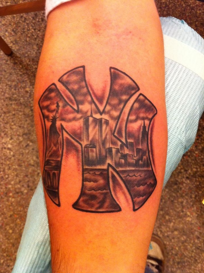 29 best images about new york tattoos on pinterest for New york yankees tattoo