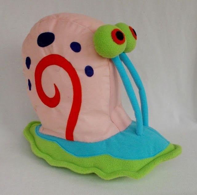 http://tsabitacraft.blogspot.com/2013/05/how-to-make-gary-snail-softies.html